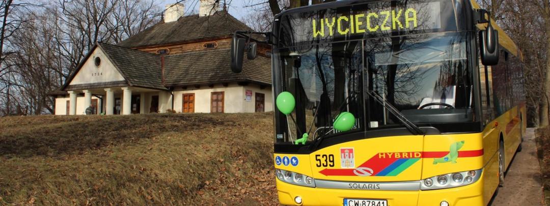autobus-wycieczkowy